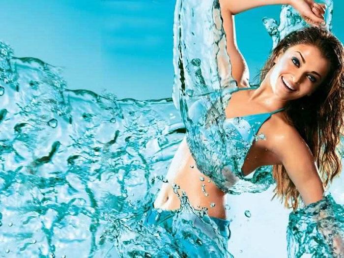 Chống lão hóa, Tuyệt chiêu đơn giản nhất để có làn da đẹp là uống đủ nước mỗi ngày