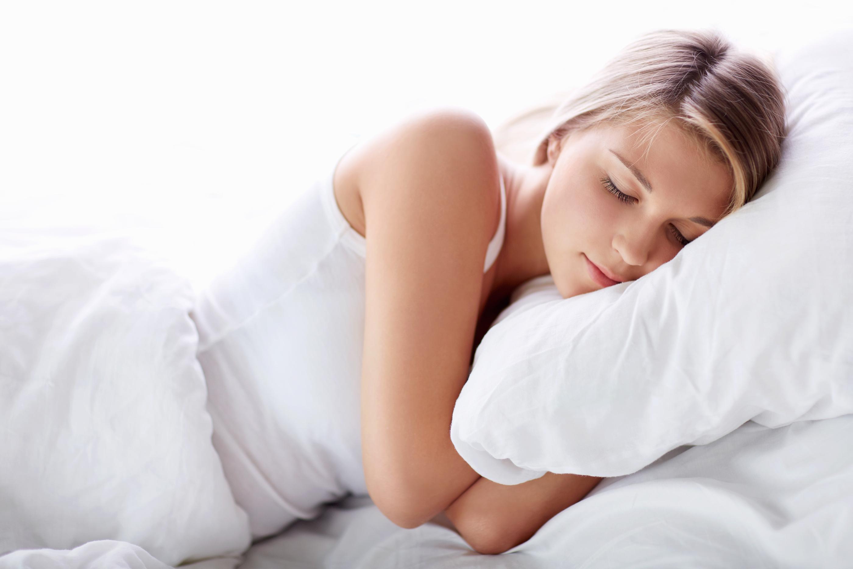ngủ đủ giấc để có làn da khỏe mạnh