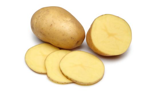 khoai tây trị thâm mụn